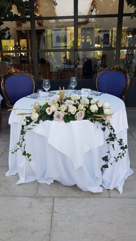 allestimento floreale ristorante matrimonio